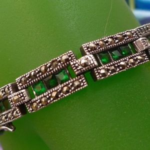 MARCASITE BRACELET WITH EMERALD GREEN COLOR STONES